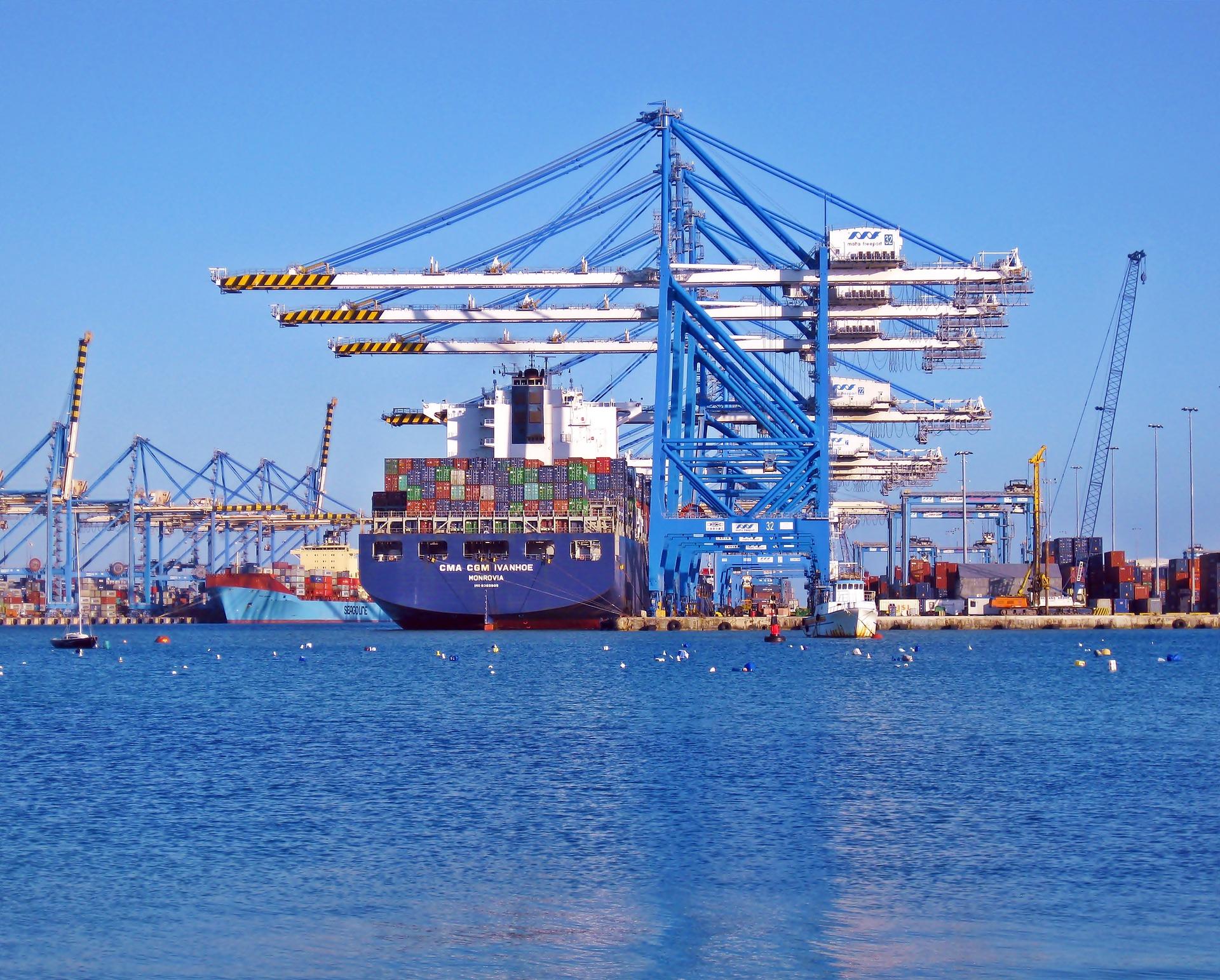 Jasa Pengiriman Kendaraan dan Cargo